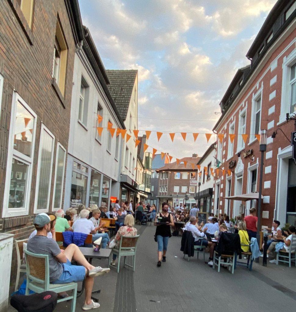 Kalles Cafe und Bar Borken Lieferservice Bestellen außen Lokal